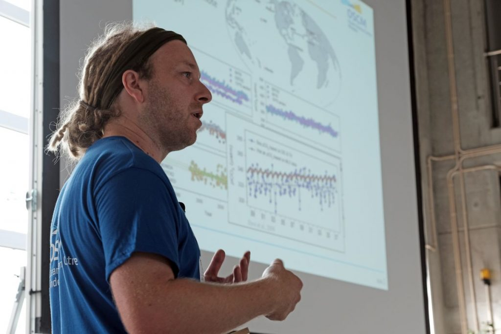 Björn Fiedler intoducing the Biogeochemical time-series observations at CVOO. Photo: Jan Steffen//GEOMAR