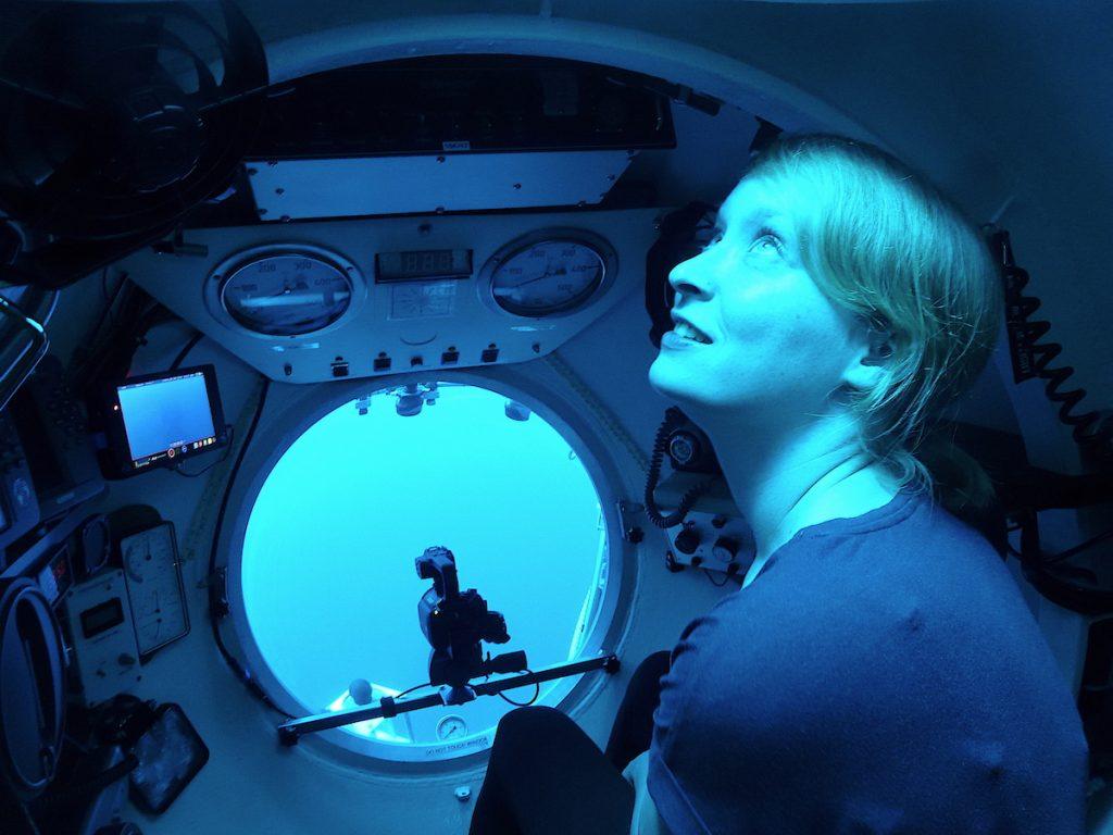 Veronique Merten im Tauchboot JAGO / Veronique Merten in the submersible JAGO. Photo: Jürgen Schauen/JAGO-Team