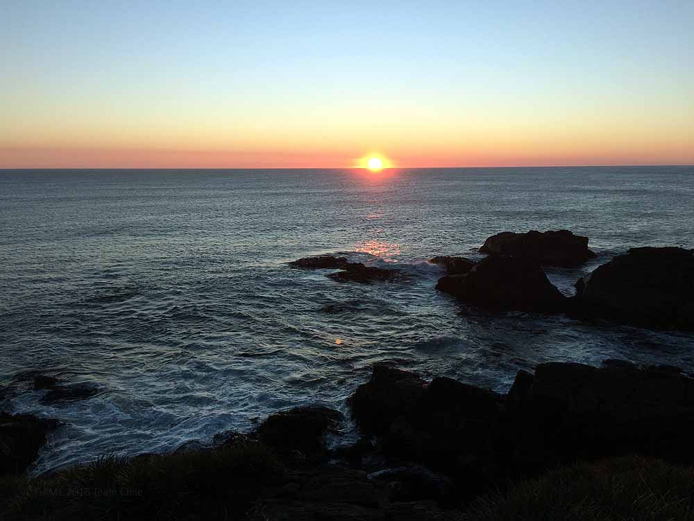 Of course we can not hold back the best sunset of the Pacific Ocean!