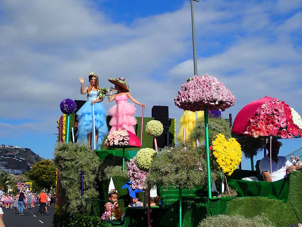 The big flower parade on the 5th of May 2019