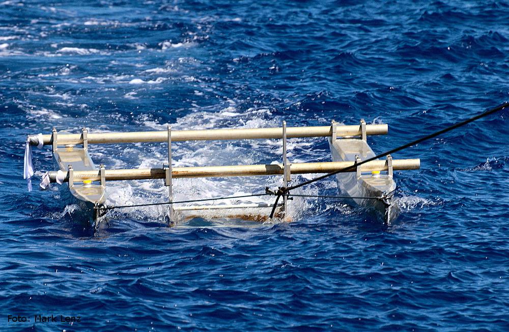 Der Katamaran-Trawl im Einsatz. Foto: Mark Lenz/GEOMAR