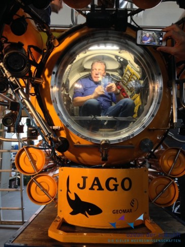 Prof. Colin Devey inside the German research submersible JAGO at GEOMAR. Photo: Avan Antia, The Future Ocean