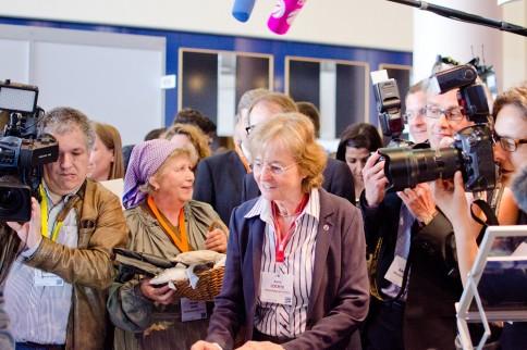 """Prof. Dr. Karin Lochte, Vorsitzende des """"Konsortium Deutsche Meeresforschung"""" beim EMD in Bremen. Foto: Jan Steffen, GEOMAR"""