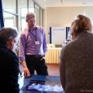 """Dr. Jörn Schmidt vom Exzellenzcluster """"Future Ocean"""" erklärt auf dem Ocean Sustainability Science Symposium das Spiel """"ecoOcean"""". Foto: Friederike Balzereit, Future Ocean"""