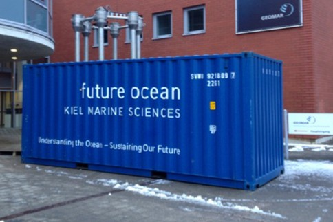 Der Container und die 10 Module sind wohlbehalten aus Brasilien wieder am Seefischmarkt eingetroffen. Foto: Friederike Balzereit