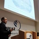 Wissenschaftlerinnen und Wissenschaftler des GEOMAR gaben in Vorträgen Einblicke in ihre Arbeit. Hier erklärt Prof. Dr. Arne Biastoch, wie man Ozeanströmungen in Supercomputern simuliert. Foto: Jan Steffen, GEOMAR