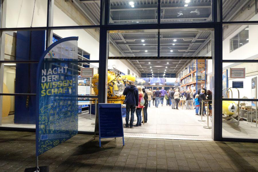 Erste Kieler Nacht der Wissenschaft am Standort GEOMAR. Foto: Jan Steffen, GEOMAR