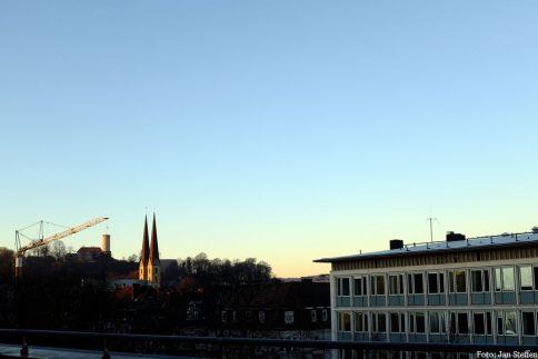 Blick auf Bielefeld mit der Sparrenburg im Hintergrund. Foto: Jan Steffen