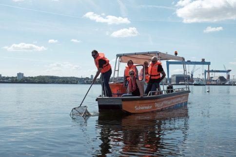 """Auch der """"Schiermoker"""" der ABK sammelt in diesem Jahr Müll nach wissenschaftlichen Vorgaben. Foto: Jan Steffen"""