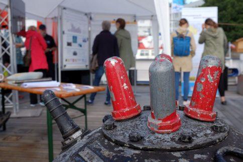 Welche Gefahren gehen von alter Munition in den Meeren aus. Das Projekt UDEMM und Mitarbeiter des MELUND informiern. Foto: Jan Steffen