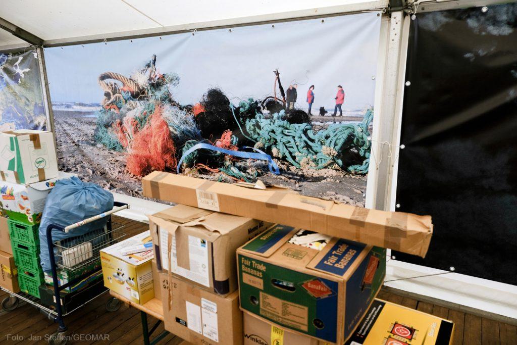 Alles ist gut verpackt an der Kiellinie angekomme. Photo: Jan Steffen / GEOMAR