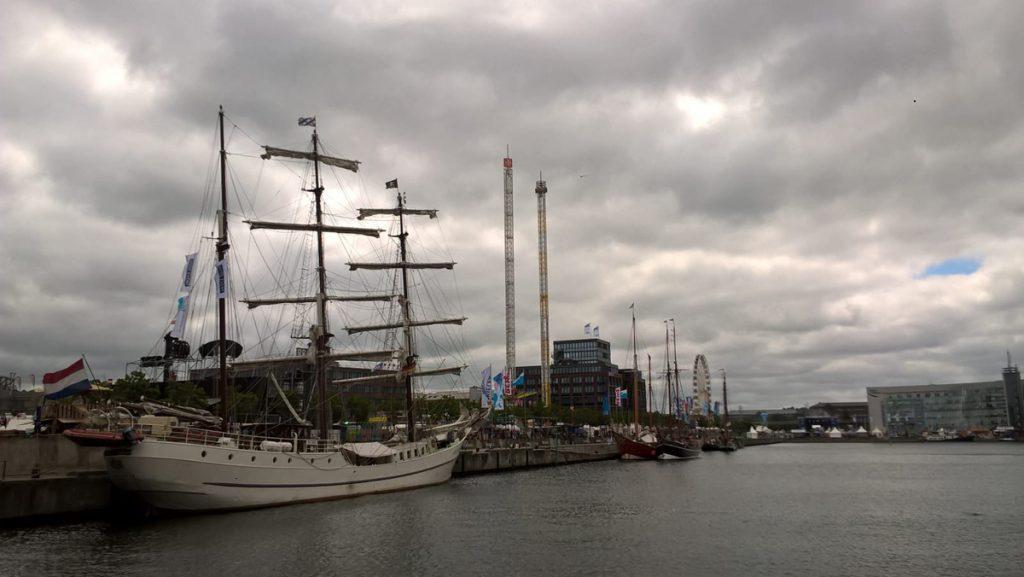Traditionssegler am Germaniahafen. Diese Schiffe lassen uns von vergangenen Zeiten träumen... Photo: Jill Alina Koenig