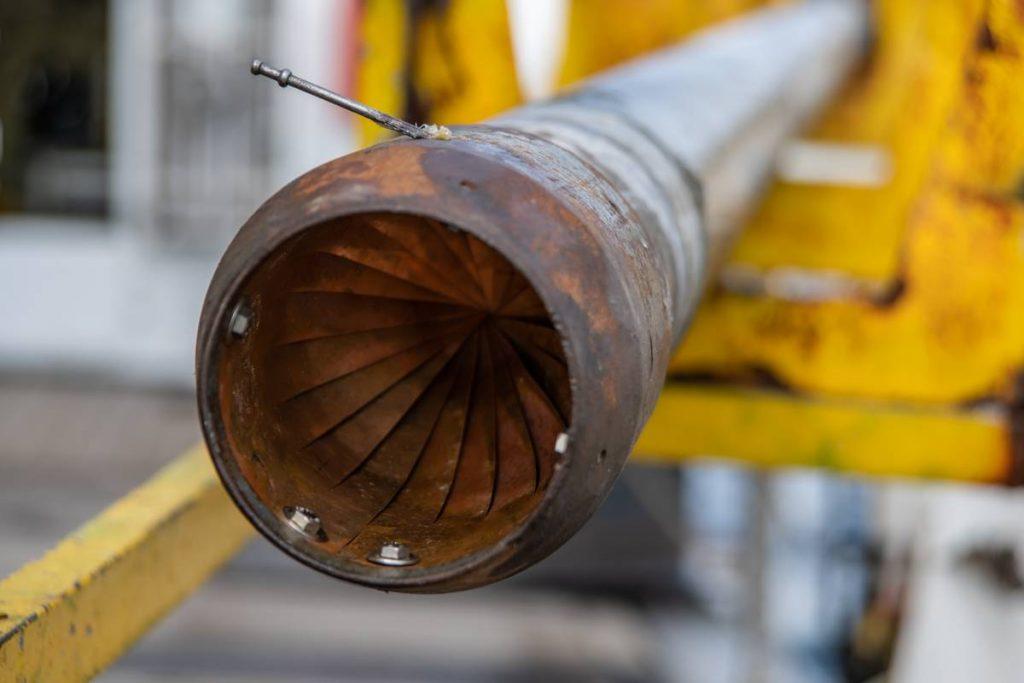 Detail eines Schwerelots zur Gewinnung von Sedimentkernen/Detail of a gravity corer for the extraction of sediment cores from the seafloor. Photo: Marc Petrikowski