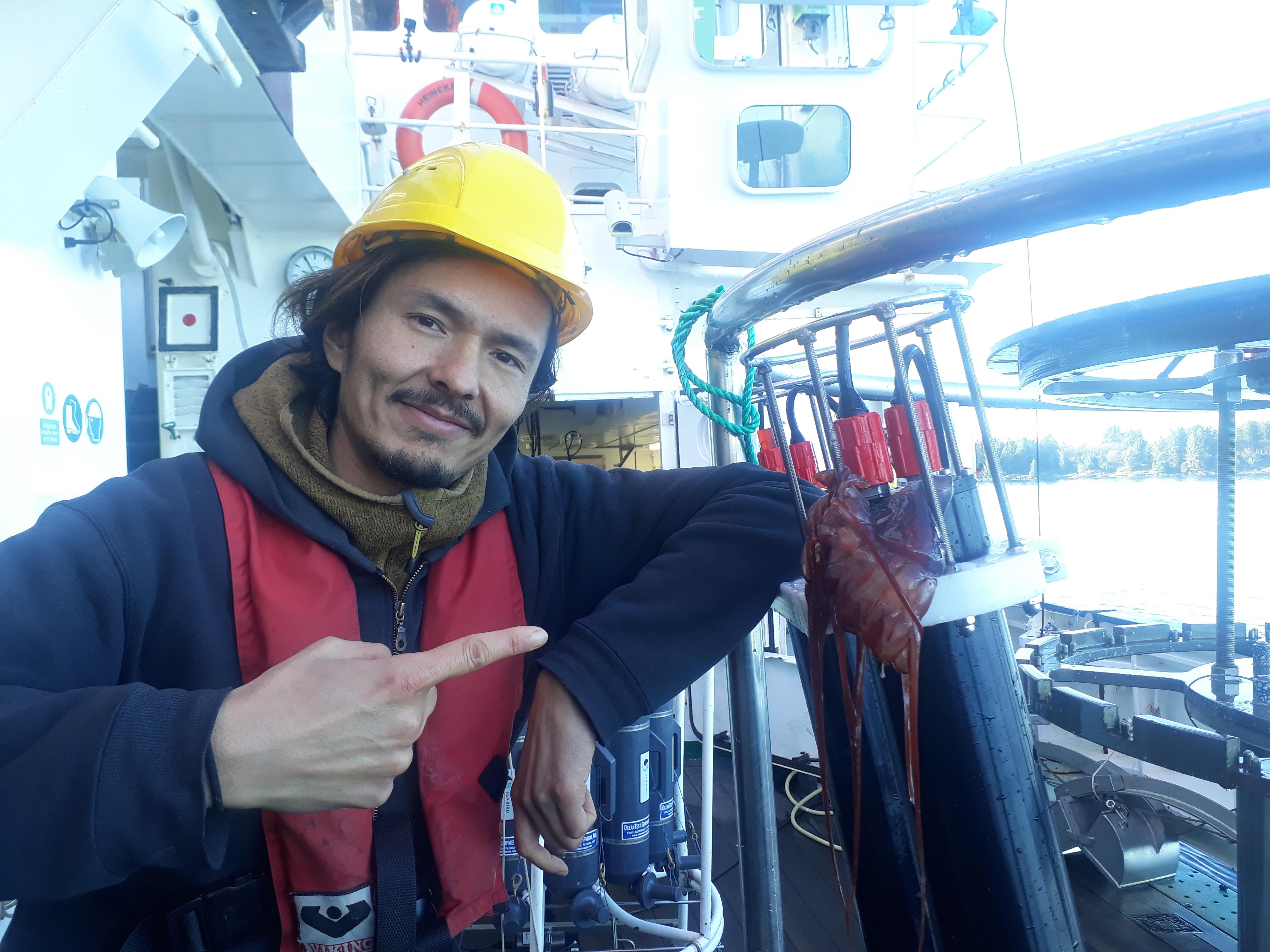 Jan Taucher (GEOMAR) hat bei diesem Einsatz seiner selbst entwickelten PIScO (Plankton Imaging with Scanning Optics), für die es die erste Schiffsexpedition war, nicht nur Bilder ergattert. Foto: Christian Konrad