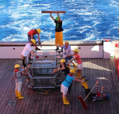 Playmobil on deck / Playmobil auf Achterdeck. ©Alexandra Jeuck