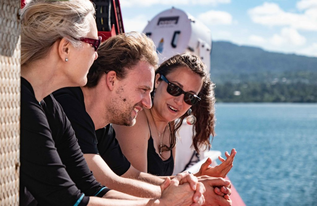 Getting to know each other and catching the last glimps of land for the next two month. Photo: Steffen Niemann